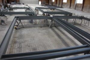 Sandblæsning, primer, brandmaling og topcoat af stålkonstruktioner.