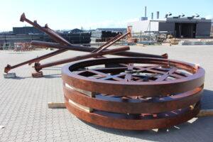 Sandblæsning og industrilakering af corten stål (look) til Rosengårdscentret.
